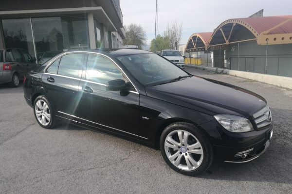 Mercedes_Benz_c200_1280x960_1